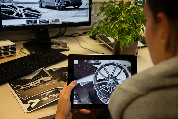 ALCAR equips catalogues and posters with augmented reality features!
