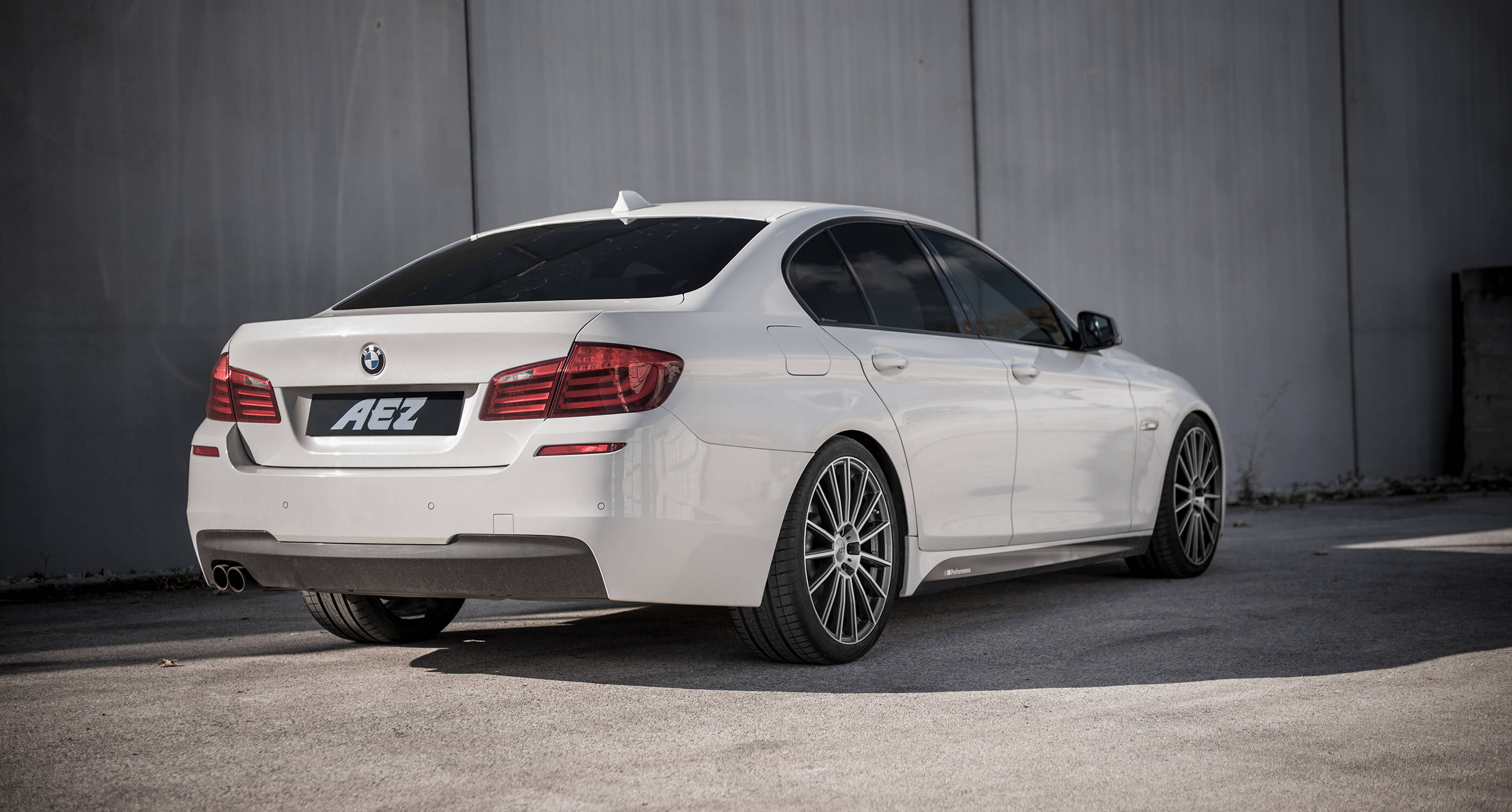 BMW 5 F10 on AEZ Steam - Back Shot