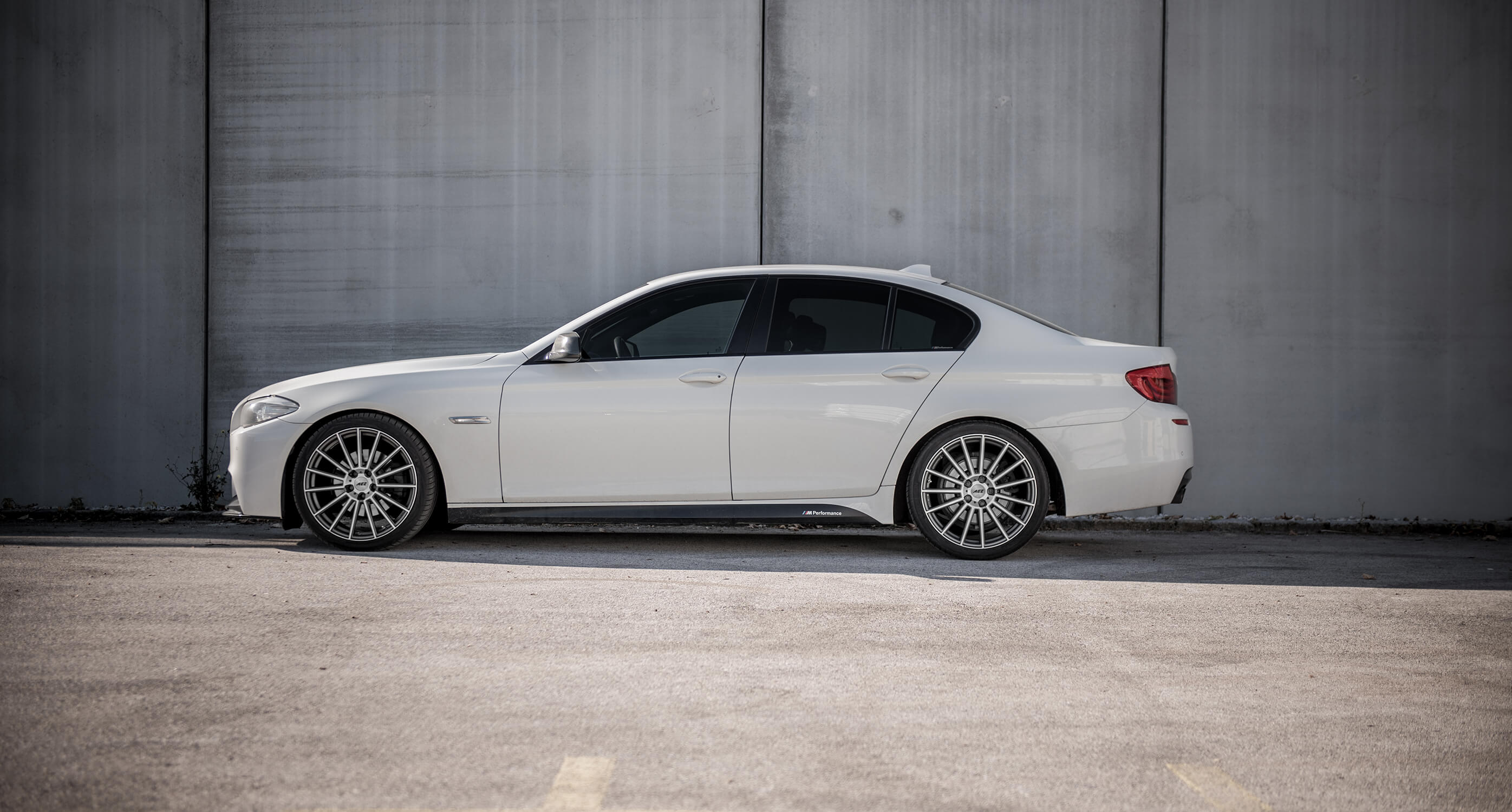 BMW 5 F10 on AEZ Steam - Side Shot